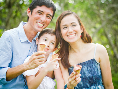 Family Session:  Eric, Annie, and Eael